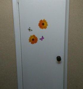 Дверь деревянна