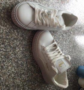 Новые белые кросы