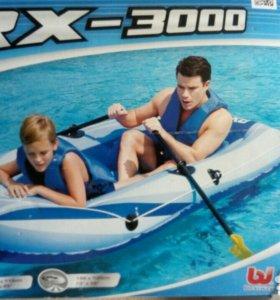 Лодка надувная для взрослого и ребенка