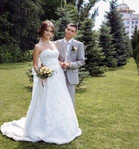 Красивое дизайнерское свадебное платье Vera Wang