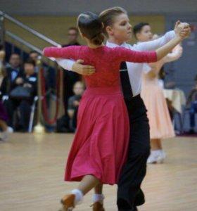 Платье (бальные танцы, рейтинг)