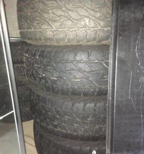 Резина Bridgestone Dueler A/T 697 265/65-17