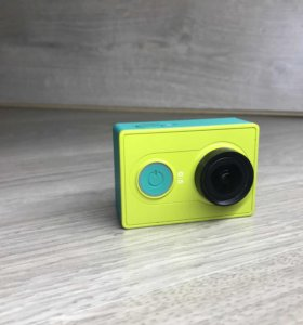 Xiaomi yi basic adition (зелёный) экшен камера