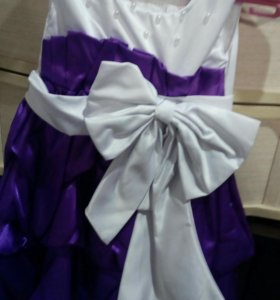 Платья праздничные
