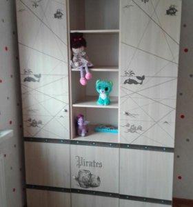 Шкаф и комод НОВЫЕ в детскую