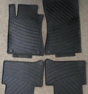 Комплект резиновых ковриков Мерседес е211