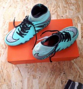 Футбольные бутсы подростковые Nike
