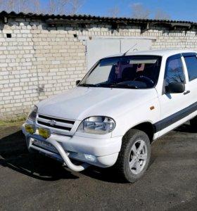 Chevrolet Niva, 2002