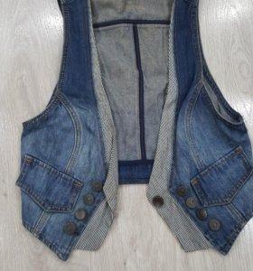 Жилетка джинсовая+подарок