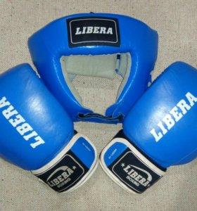 Боевый перчатки и шлем Libera boxing