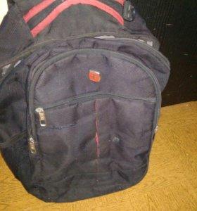 Продам рюкзак 500р(торг уместен)