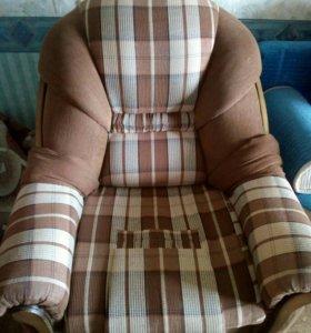 Кресло раскладное б/у. Самовывоз.