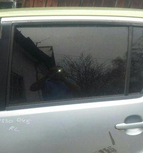 Стекло задней боковой двери на тойота пассо