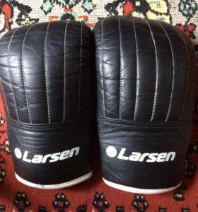 Боксерские снарядные перчатки Larsen