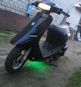 Скутер Honda Dio AF 18