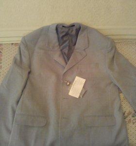 Пиджак на мужчину 58/182новый