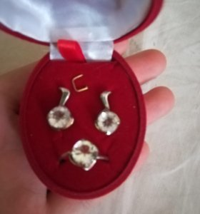 Серебряные изделия набор