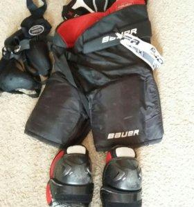 Хоккейная форма и шлем