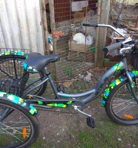 Трех колесный велосипед