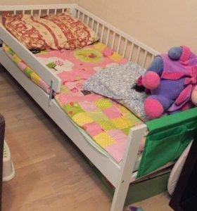 Кровать детская, шкаф, комод, шкаф