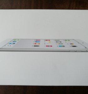 Apple IPad mini 2 Wi-Fi 16 гб Silver