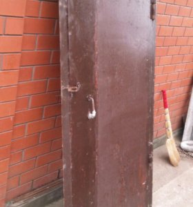 Дверь железная с коробкой