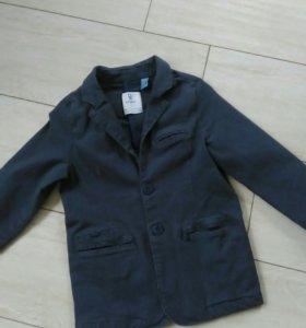 Джинсовый пиджачок okaidi