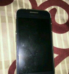 Телефон Samsung SM-G350