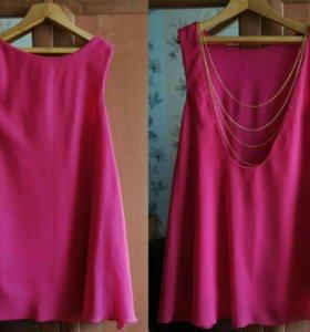 Продам платье розового цвета.