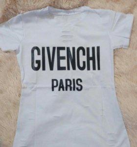 Футболка стильная Givenchi