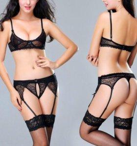 Стильный эротический комплект белья