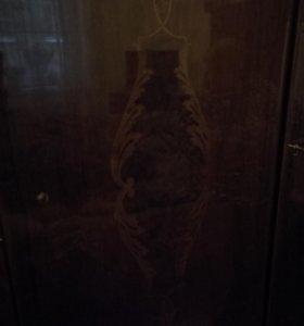 Гарнитур шкаф и комод