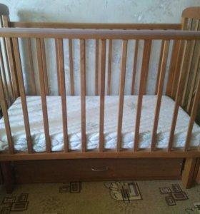 Комплект детской мебели.