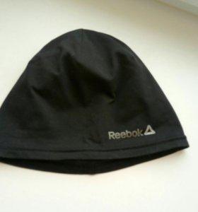 Спортивная шапочка