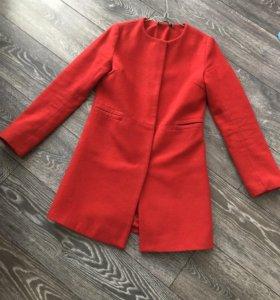 Пальто красное шерсть