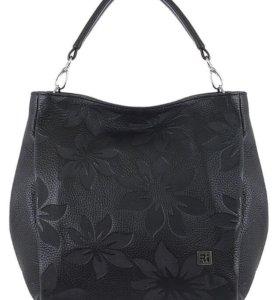 Новая сумка фирмы Richet из натуральной кожи