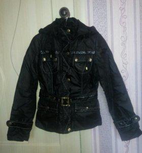 Женская куртка размер 42