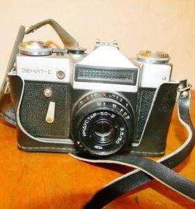 Фотоаппараты и аксессуары времен СССР