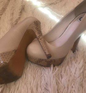 Туфли б/у высокий каблук
