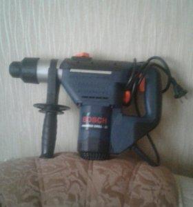 Перфоратор Bosch Hammer