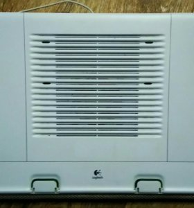 Охлаждающая подставка для ноутбука logitech