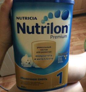 Смесь Nutrilon premium 1  800 г.