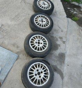 Комплект оригинальных литых дисков AUDI
