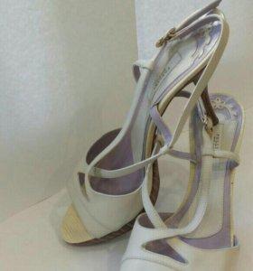 Туфли Pollini кожа 41 размер