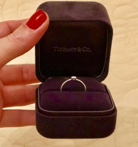 Кольцо с бриллиантом Tiffany