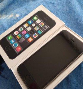 Айфон 5s 32 Нина в комплекте только зарядка 2м