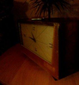 """Для антикваров старинные часы с боем """"ВЕСНА"""""""