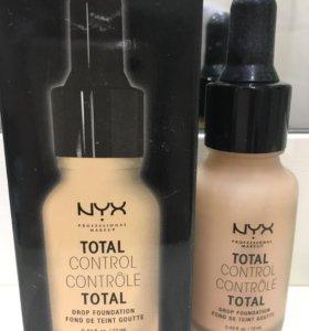 Жидкий тональный крем NYX