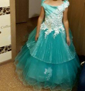 Платье на выпускной 7-8 лет