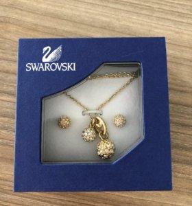 Swarovski комплект: подвеска, цепочка, сережки
